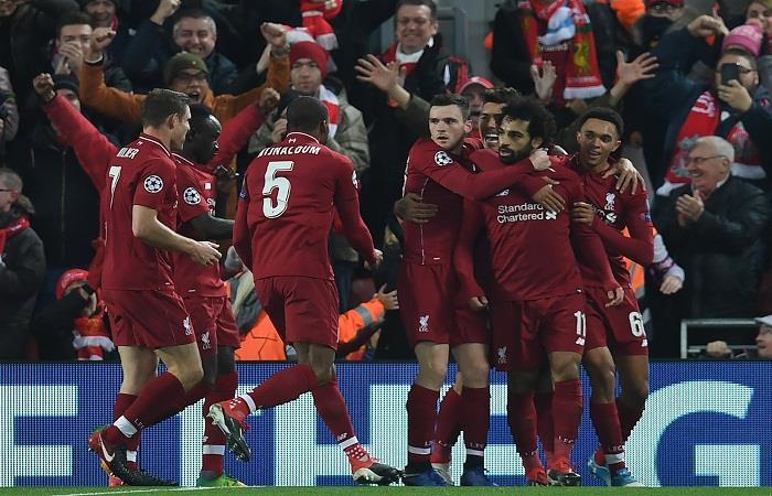 El Liverpool buscará llevarse el gran clásico inglés para continuar en la punta. Foto: AFP