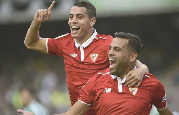 Gabriel Mercado cumplió cien partidos con Sevilla