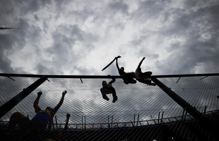 Hinchas de Boca Juniors en 'la bombonera'. Foto: EFE