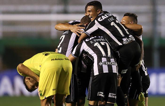 Copa Sudamericana: Defensa y Justicia, eliminado por goleada