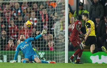 Liverpool goleó y mantiene la punta