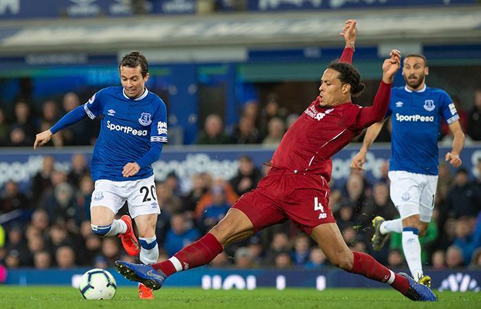 Mucha fricción y pocos goles. (Foto: AFP)