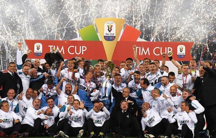 Lazio levantó su séptima Copa Italia. Foto: EFE