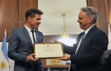 Simeone, homenajeado en la Legislatura Porteña