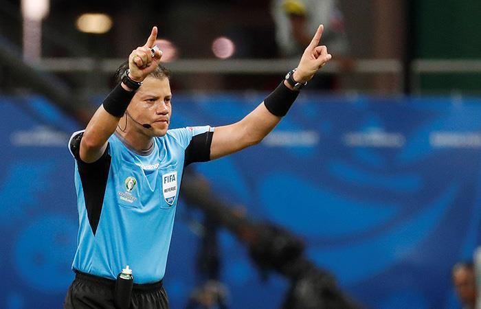 El sistema de videoarbitraje, a prueba en la Copa América 2019. (Foto: EFE)