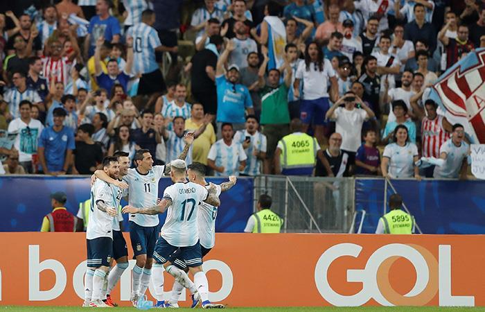 El segundo gol le aportó tranquilidad a la albiceleste. (Foto: EFE)