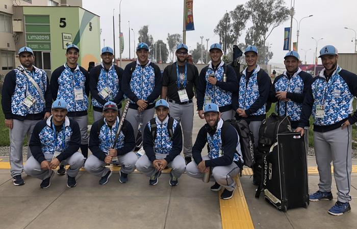 El equipo de softbol de la selección Argentina. Foto: Twitter