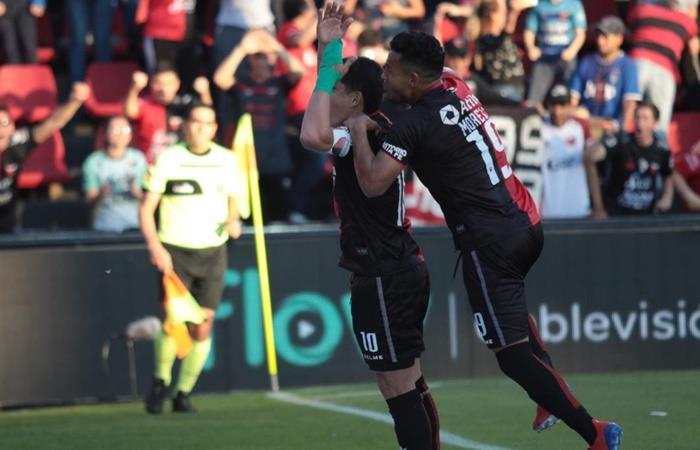 Colón le ganó a San Lorenzo y puso la punta en jaque. Foto: Twitter Colon