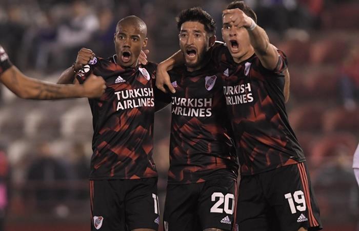 River goleó 4 a 0 a Huracán en el Ducó. Foto: Twitter Superliga