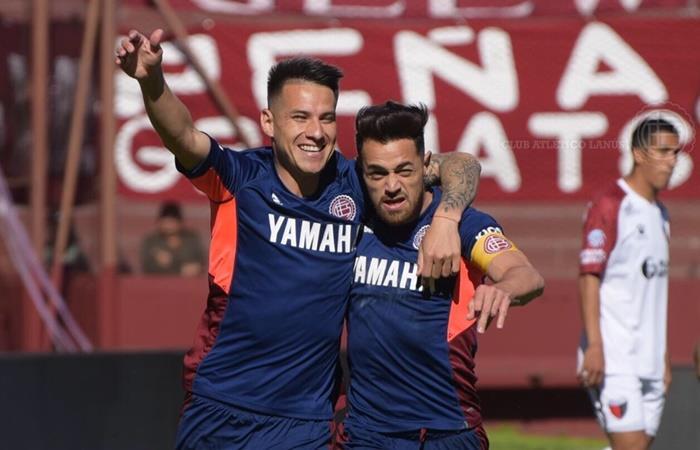 Lanús le ganó 3 a 2 a Colón y está tercero en la Superliga. Foto: Twitter Lanús