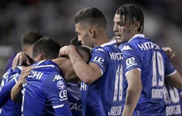 Con un polémico arbitraje, Vélez sorprendió a River en Núñez