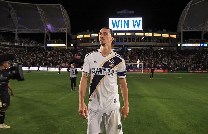 Zlatan Ibrahimovic quiere jugar en Boca. Foto: Twitter