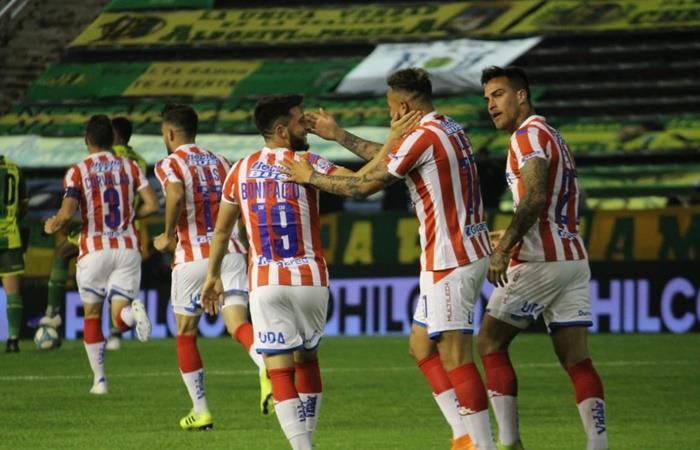 Unión le ganó a Aldosivi y ahora piensa en el clásico ante Colón. Foto: Twitter Unión