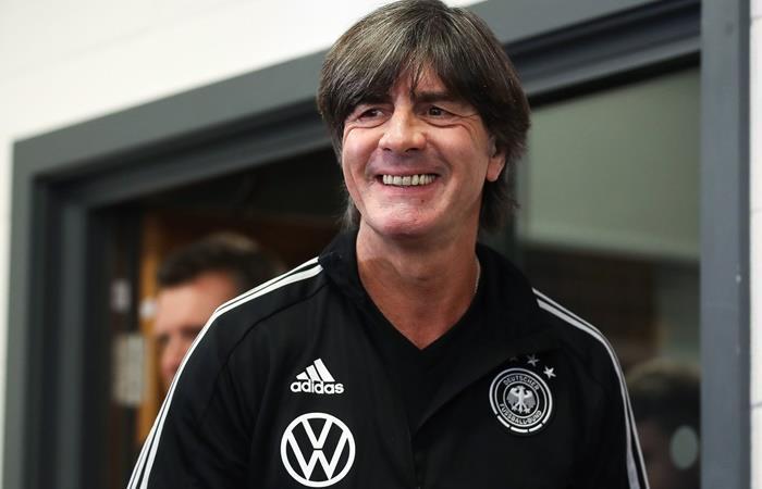 Joachim Low confirmó tres ausentes y son 11 los que no estarán ante Argentina. Foto: Twitter Alemania