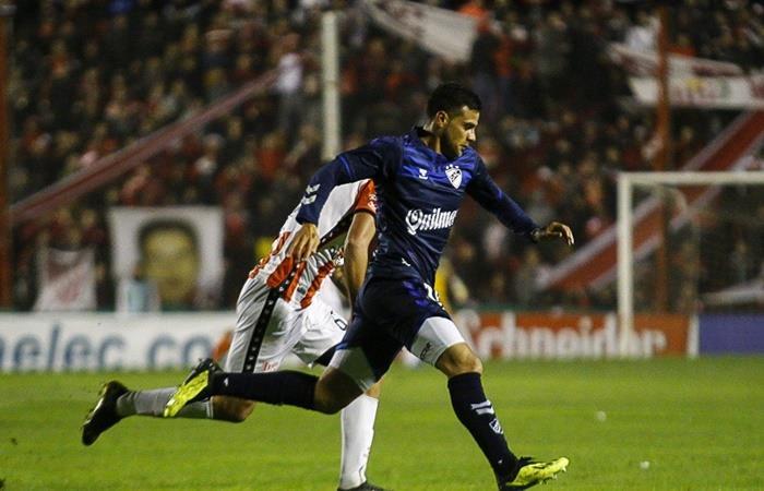 Quilmes y San Martín protagonizan un duelo por el ascenso. Foto: Twitter Quilmes