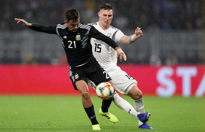 Paulo Dybala reveló que Lionel Scaloni lo quiere de 9. Foto: EFE