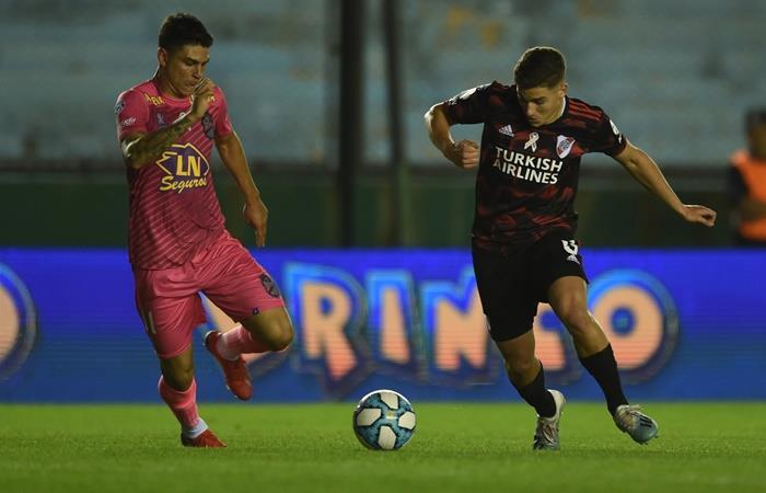 River y Arenal igualaron 3 a 3 en la apertura de la Fecha 10. Foto: Twitter