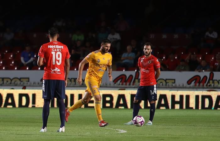 Veracruz no se movió, Tigres marcó dos goles y desató la polémica. Foto: Twitter