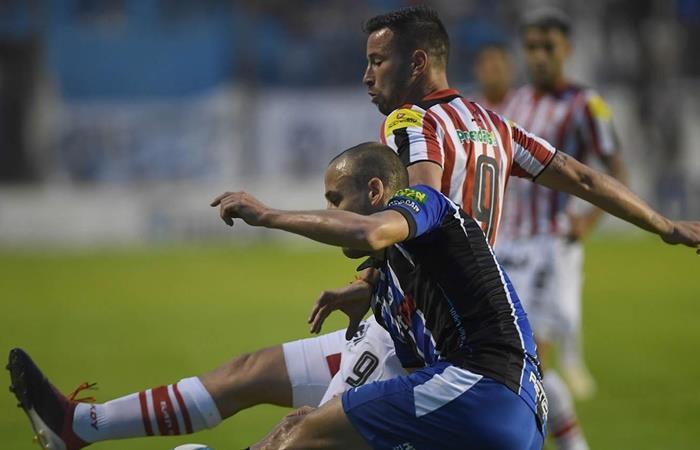San Martín de Tucumán le ganó a Almagro y es puntero de la Primera Nacional. Foto: Twitter