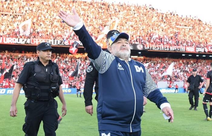 El mundo del fútbol saluda a Maradona. Foto: Twitter