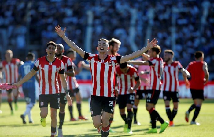 Estudiantes le ganó 1 a 0 a Gimnasia en el Bosque. Foto: EFE