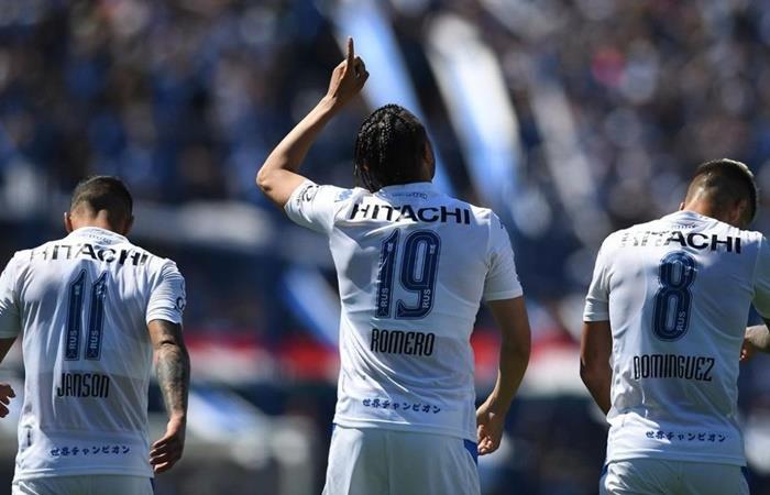 Vélez quiere seguir en la lucha ante Central Córdoba. Foto: Twitter
