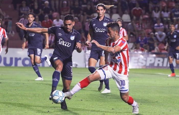 Atlético Tucumán le ganó a Unión y se prende en la lucha. Foto: Twitter Unión