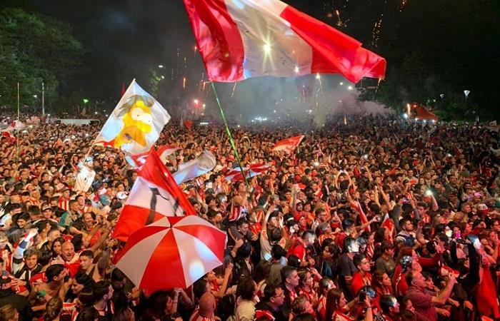 Estudiantes volvió a 1 y 57: fiesta y peregrinación. Foto: Twitter Estudiantes