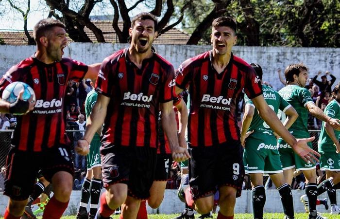 Deportivo Riestra vs Defensores de Belgrano por la Primera Nacional. Foto: Twitter Defensores de Belgrano