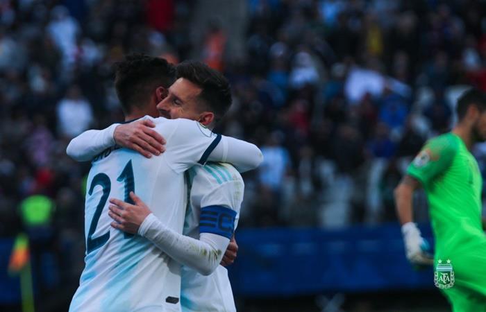 Lionel Messi se sumó a la convocatoria de la Selección Argentina. Foto: Twitter Argentina