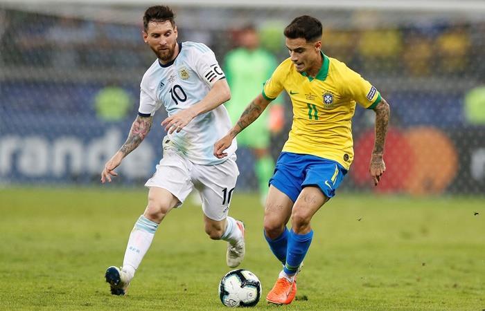 Argentina y Brasil juegan en Arabia Saudita. Foto: EFE