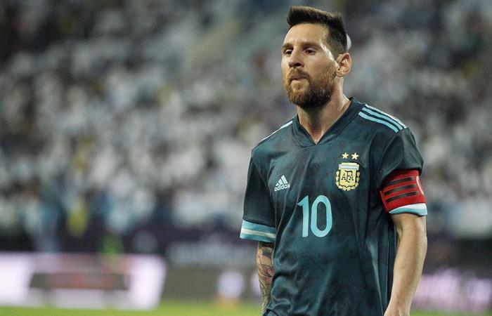 La foto de Lionel Messi con hielo en sus rodillas que preocupa. Foto: EFE