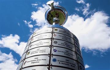 Todo listo: las placas de campeón de América de River y Flamengo