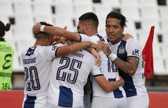 Talleres le ganó 5 a 0 a Godoy Cruz y se pone a tiro. Foto: Twitter Talleres