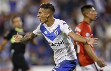 Vélez volvió al triunfo ante Colón y se acerca a la lucha por el torneo