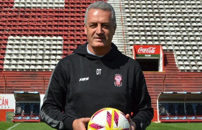 Gustavo Alfaro, el nuevo objetivo de Huracán. Foto: Twitter