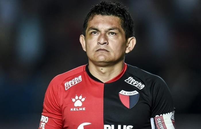 El Pulga Rodríguez adelantó que evalúa salir de Colón. Foto: Twitter