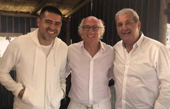 Juan Román Riquelme presente en la fiesta de Carlos Bianchi. Foto: Twitter