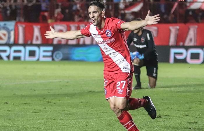 Gabriel Hauche seguirá en Argentinos Juniors. Foto: Twitter