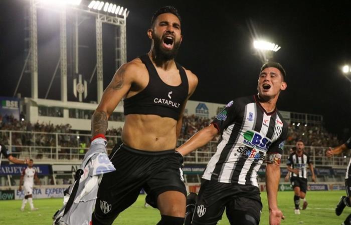 Central Córdoba le ganó 1 a 0 a Colón en la última del partido. Foto: Twitter Central Córdoba