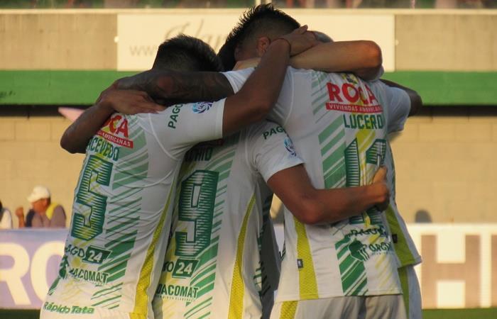 Defensa y Justicia goleó a Talleres en el comienzo de la Superliga. Foto: Twitter Defensa y Justicia