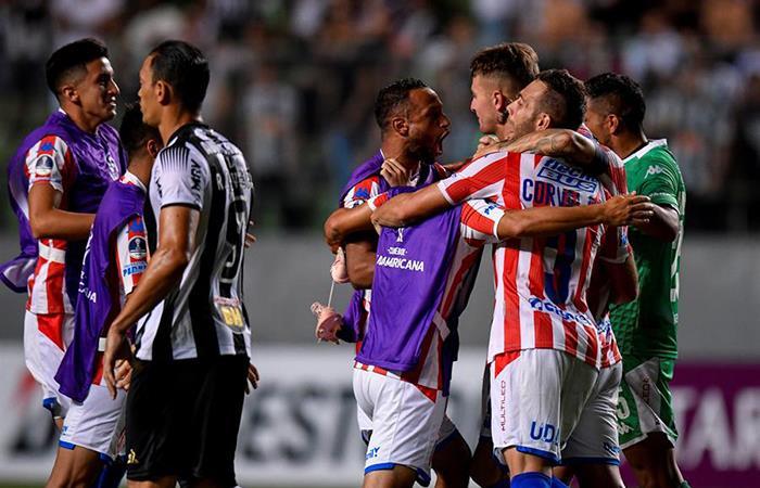 Unión de Santa Fe avanza a la fase 2 de la Sudamericana. Foto: EFE