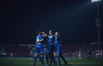 Vélez goleó en la despedida de Heinze