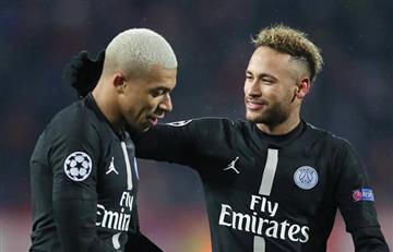 El coronavirus cierra las puertas de salida de Mbappé y Neymar