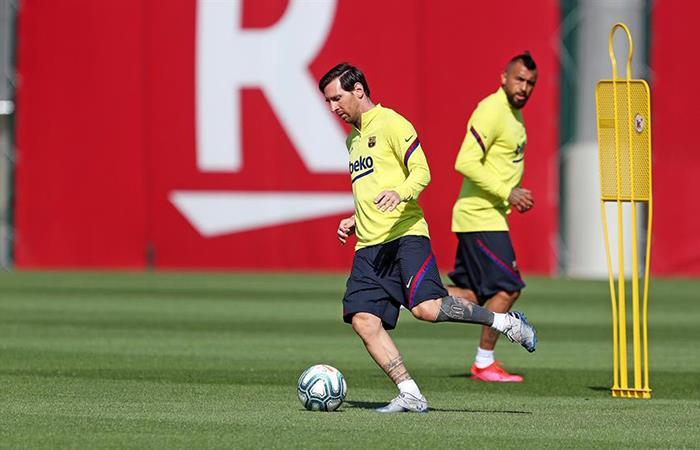 Lionel Messi entrena con Barcelona a espera de reanudación de LaLiga. Foto: EFE