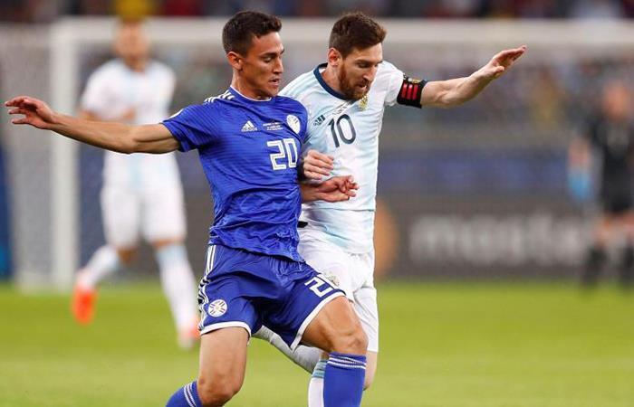 Argentina cambiaría de rival en su debut por Eliminatorias. Foto: EFE