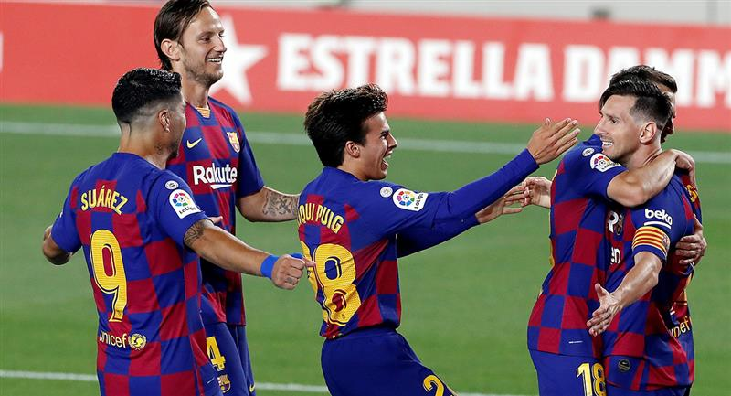 Lionel Messi llegó a su gol 700. Foto: EFE