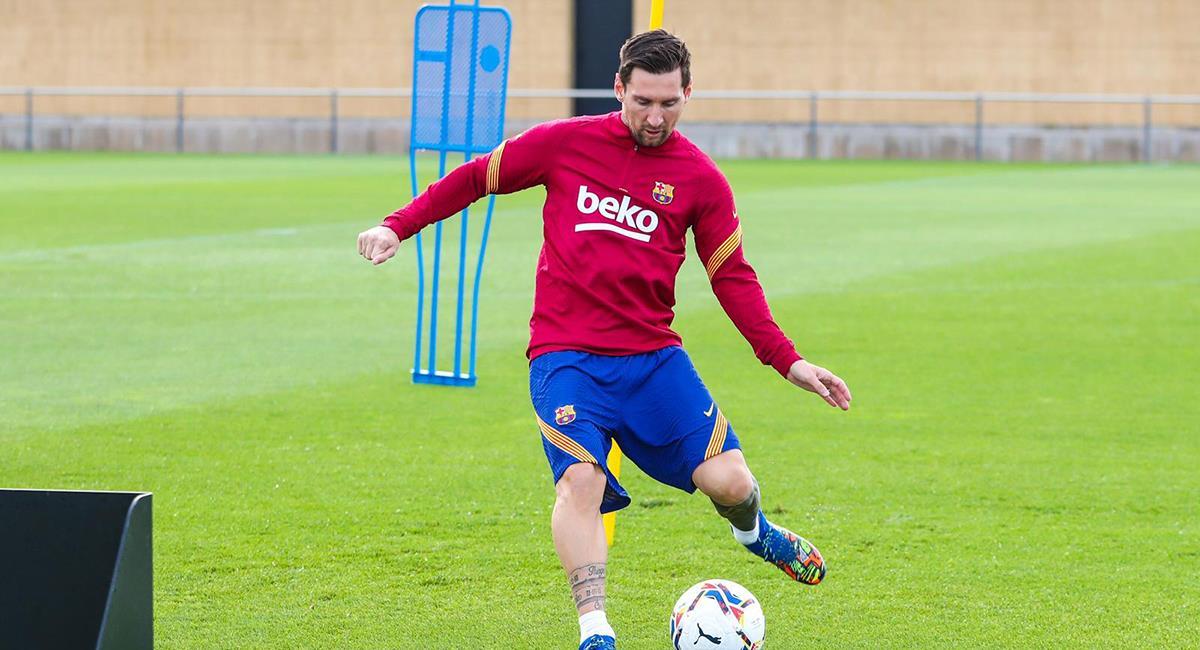 Lionel Messi ya entrena en Barcelona. Foto: Twitter FC Barcelona