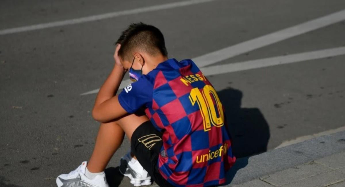 Kevin lloró el anuncio de Lionel Messi. Foto: EFE