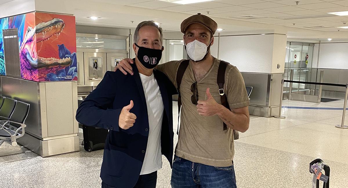 Gonzalo Higuaín arribó a Florida, EEUU. Foto: Twitter Difusión